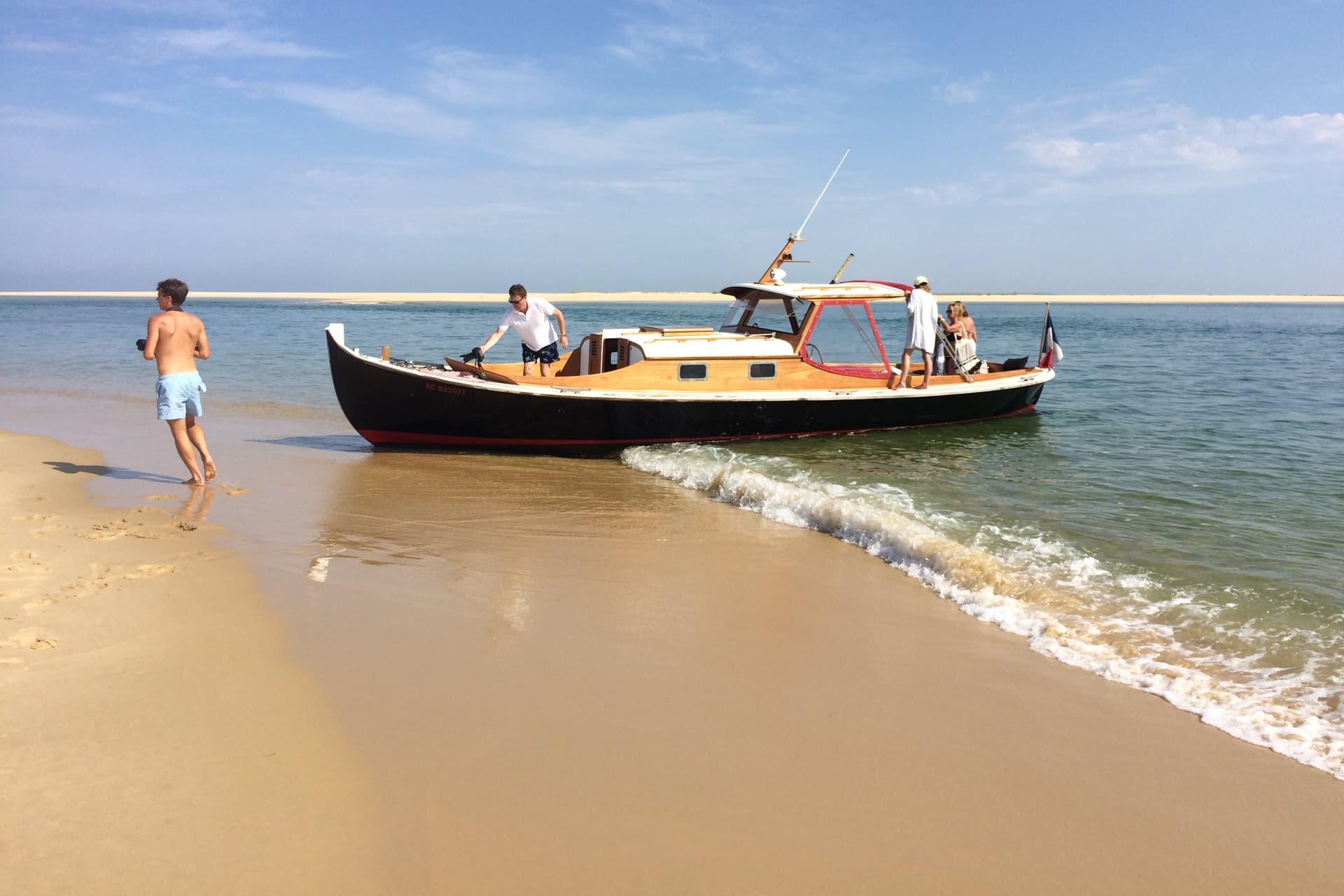 Balade en bateau avec pique nique sur banc de sable sur le bassin d'Arcachon