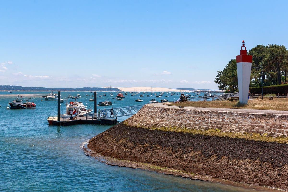 Embarquement balade en bateau depuis le port de la Vigne